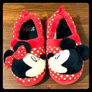 Mickey and Minnie Mouse slippers, sz 9/10